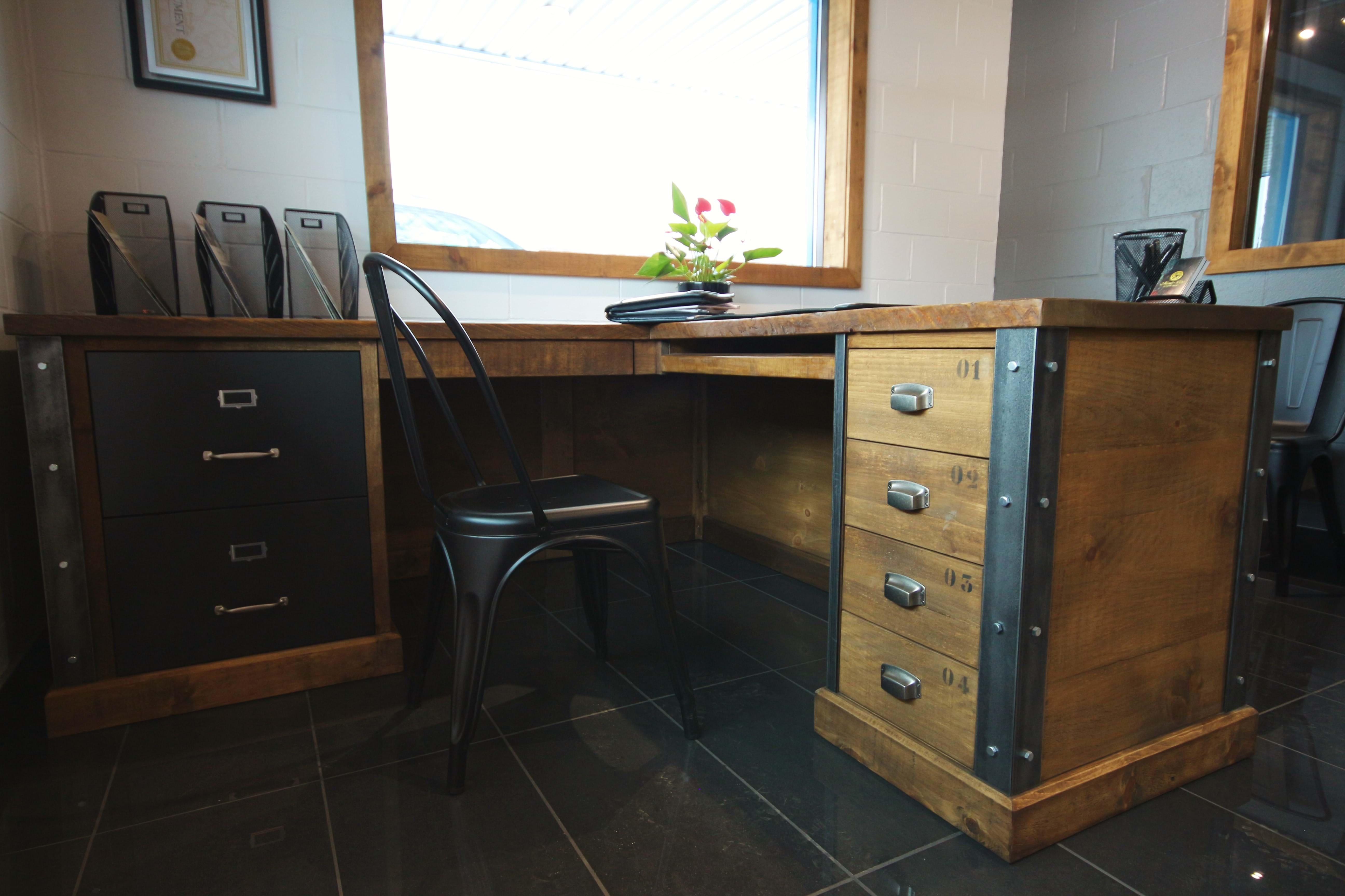Meubles de bureau style industriel MarieLise Antiquit Design